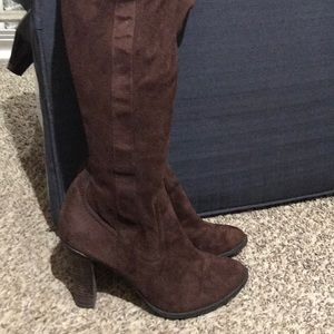 Brown suede like sexy boots